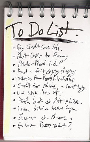 summer to do list sincerely carlie